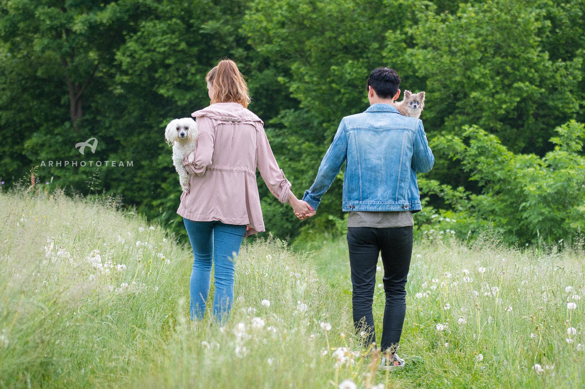 Par s psičkama